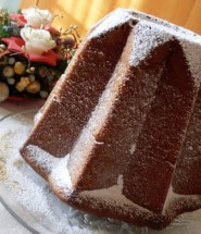pandoro-classico-con-zucchero-a-velo